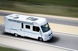 Windschutzscheiben und Zubehör für vollintegrierte Reisemobile
